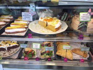 Kahvila Alleduuri leivonnaiset