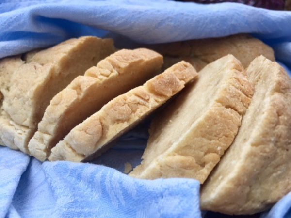 vaalea leipä